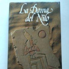 Libros de segunda mano: LA DAMA DEL NILO/PAULINE GEDGE. Lote 222231361