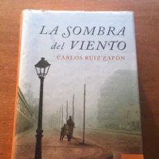 Libros de segunda mano: REBAJAS 2021! LIBRO LA SOMBRA DEL VIENTO. Lote 233026465