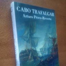 Livres d'occasion: CABO TRAFALGAR - PÉREZ REVERTE. Lote 241398215