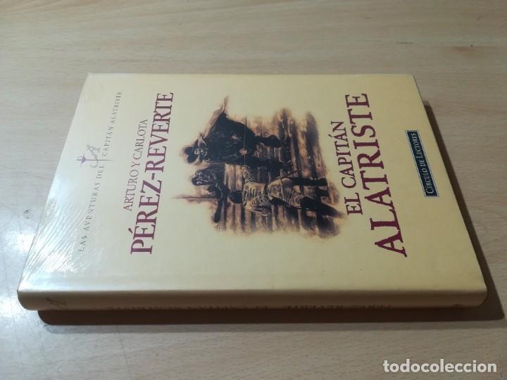 EL CAPITAN ALATRISTE / ARTURO Y CARLOTA PEREZ REVERTE / CIRCULO DE LECTORES ESQ137 NUEVO PRECINTADO (Libros de Segunda Mano (posteriores a 1936) - Literatura - Narrativa - Novela Histórica)