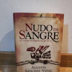Libros de segunda mano: NUDO DE SANGRE AGUSTÍN SÁNCHEZ VIDAL. Lote 245489150