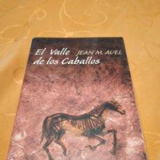 Libros de segunda mano: M-36 LIBRO EL VALLE DE LOS CABALLOS JEAN M. AUEL CIRCULO DE LECTORES NUEVO PRECINTADO. Lote 258024410