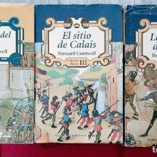 Libros de segunda mano: ARQUEROS DEL REY - TRILOGIA (TOMOS I, II Y III) - BERNARD CORNWELL. Lote 258788935
