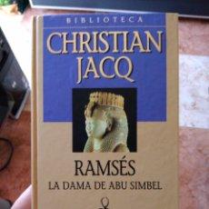 Libros de segunda mano: CHRISTIAN JACQ RAMSÉS LA DAMA DE ABU SIMBEL PLANETA DE AGOSTINI. Lote 271543628