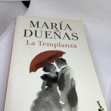 Libros de segunda mano: LA TEMPLANZA. MARÍA DUEÑAS. PLANETA BOOKLET. BOLSILLO. Lote 272151043