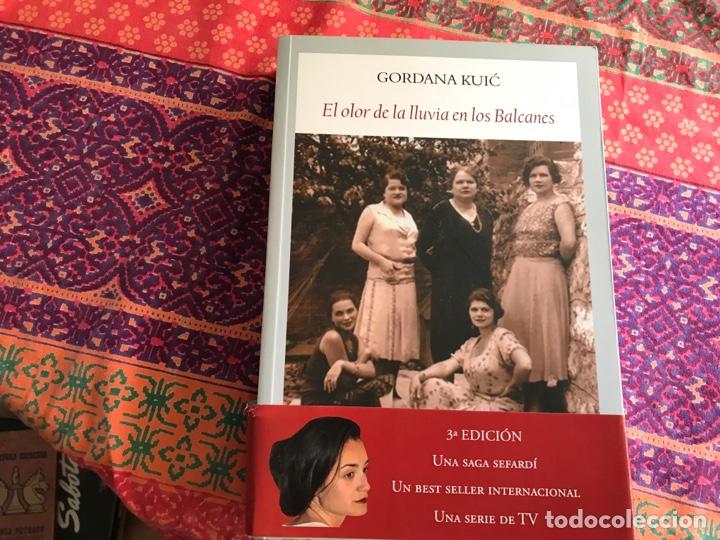 EL OLOR DE LA LLUVIA EN LOS BALCANES. GORDANA KUIC. FUNAMBULISTA (Libros de Segunda Mano (posteriores a 1936) - Literatura - Narrativa - Novela Histórica)