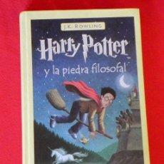 Libros de segunda mano: LIBRO HARRY POTTER Y LA PIEDRA FILOSOFAL - NOVELA JUVENIL - MAGIA CIENCIA FICCIÓN FANTASÍA MAGO. Lote 26924522
