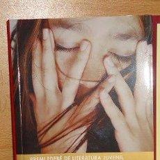 Libros de segunda mano: PARAULES EMMETZINADES PREMI EDEBÉ DE LITERATURA JUVENIL (4ª EDICIÓ - 2011). Lote 38061357