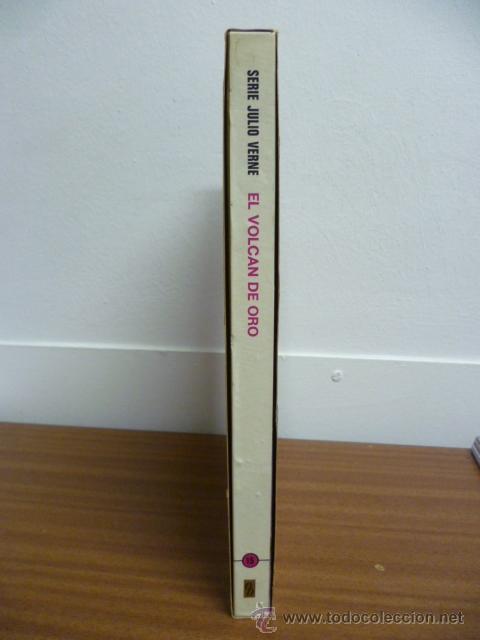 Libros de segunda mano: 1974 - Julio Verne - El volcan de oro - Bruguera - Foto 3 - 39719014