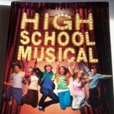 Libros de segunda mano: HIGH SCHOOL MUSICAL. LA NOVELIZACIÓN. INCLUYE 8 PAG DE ESPECTACULARES FOTOS DE LAS ESTRELLAS EST12B5. Lote 47989009