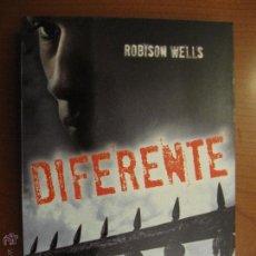 Libros de segunda mano: DIFERENTE. ROBISON WELLS. DESTINO. Lote 48343254