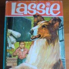 Libros de segunda mano: LIBRO LASSIE: LOS PLANOS DESAPARECIDOS (1965) COLECCIÓN HÉROES. EDITORIAL BRUGUERA. BUEN ESTADO. Lote 53163144