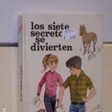 Libri di seconda mano: LOS SIETE SECRETOS SE DIVIERTEN ENID BLYTON - JUVENTUD -. Lote 92940985