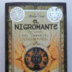Libros de segunda mano: EL NIGROMANTE. LOS SECRETOS DEL INMORTAL. NICOLAS FLAMEL - MICHAEL SCOTT. Lote 159193330