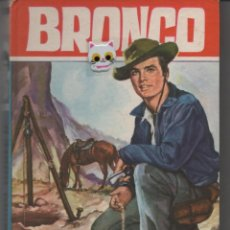 Libros de segunda mano: NOVELA JUVENIL BRONCO EL RANCHO DE DOBLE C Nº 29 COLECCIÓN HEROES 239 PÁGINAS BARCELONA AÑO 1965. Lote 133884914