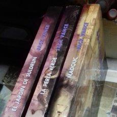 Libros de segunda mano: TRILOGIA DE LYONESSE. TRES TOMOS.NUEVOS. Lote 136137293