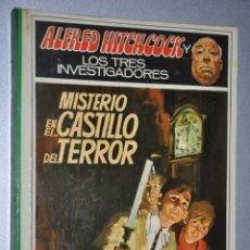 Libros de segunda mano: MISTERIO EN EL CASTILLO DEL TERROR, ALFRED HITCHCOCK, VER TARIFAS ECONOMICAS ENVIOS. Lote 146160350