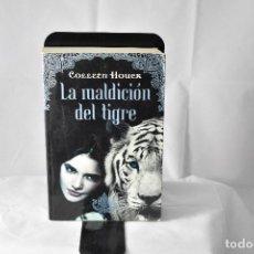 Libros de segunda mano: LA MALDICIÓN DEL TIGRE, COLLEEN HOUCK. Lote 148814078