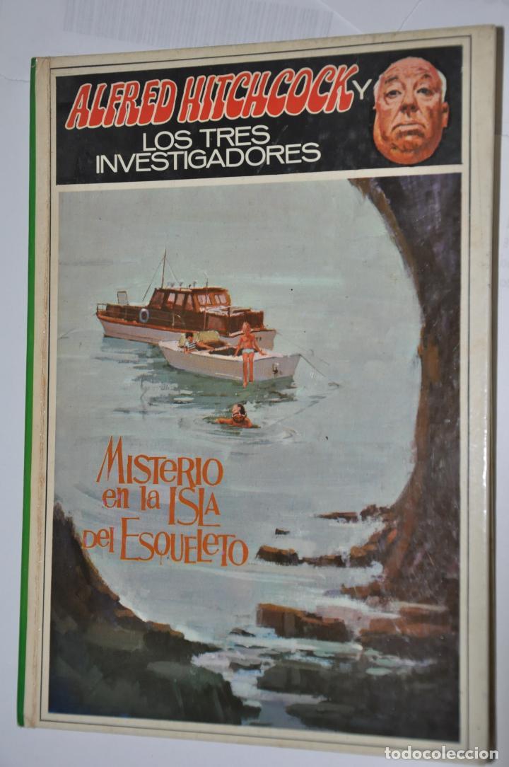 MISTERIO EN LA ISLA DEL ESQUELETO, ALFRED HITCHCOCK, VER TARIFAS ECONOMICAS ENVIOS (Libros de Segunda Mano - Literatura Infantil y Juvenil - Novela)