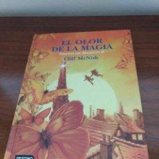 Libros de segunda mano: EL OLOR DE LA MAGIA (TRILOGIA DEL MALEFICO II) CLIFF MCNISH . Lote 157026074
