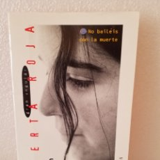 Libros de segunda mano: CAMPOS DE FRESA-JORDI SIERRA I FABRA/ALERTA ROJA/GRAN ANGULAR.. Lote 160579182