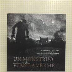 Libros de segunda mano: UN MONSTRUO VIENE A VERME (PATRICK NESS) - ILUSTRADO. Lote 172886907