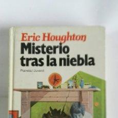 Libros de segunda mano: MISTERIO TRAS LA NIEBLA ERIC HOUGHTON. Lote 179337313