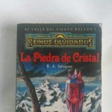 Libros de segunda mano: LA PIEDRA DE CRISTAL REINOS OLVIDADOS. Lote 180043291