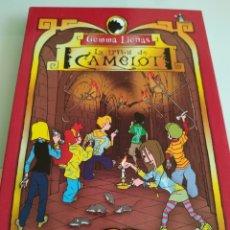 Libros de segunda mano: GEMMA LIENAS LA TRIBU DE CAMELOT CARLOTA Y EL MISTERIO DEL PASADIZO SECRETO. Lote 194949888