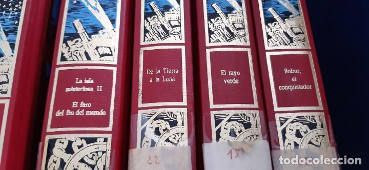 Libros de segunda mano: CLUB INTERNACIONAL LIBRO MEJORES OBRAS JULIO VERNE LOTE 23 NOVELAS COMPLETO Y FOLLETO PROMOCION 1989 - Foto 2 - 199924922