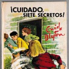 Libros de segunda mano: CUIDADO SIETE SECRETOS - ENID BLYTON - JUVENTUD 1970 - 4ª EDICIÓN. Lote 244586295