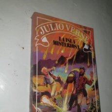 Libros de segunda mano: LA ISLA MISTERIOSA JULIO VERNE 1986. Lote 253875890