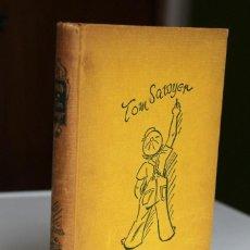 Libros de segunda mano: MARK TWAIN - LAS AVENTURAS DE TOM SAWYER. ILUSTRADO POR WALTER TRIER - JUVENTUD 1957. Lote 288645203