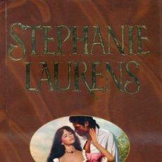 Libros de segunda mano: STEPHANIE LAURENS : UN AMOR SECRETO (2007) TAPA DURA - FORMATO GRANDE. Lote 28969238