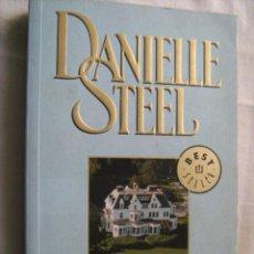 Libros de segunda mano: LA VILLA. STEEL, DANIELLE. 2006. Lote 30467475