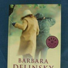 Libros de segunda mano: NUESTRO SECRETO. BARBARA DELINSKY. COL. BEST SELLER DEBOLSILLO, 2010, 2ª ED. LIBRO DE BOLSILLO. Lote 42784750