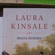 Libros de segunda mano: MAGIA DUDOSA (NOVELA ROMÁNTICA) (BARCELONA, 2013). Lote 47649464