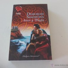 Libros de segunda mano: AMOR Y MAGIA. DEBORAH SIMMONS. 2010. Lote 52421350