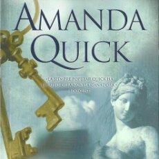 Libros de segunda mano: AMANDA QUICK-AMOR A SEGUNDA VISTA.EDICIONES B.ROMÁNTICA ZETA.2008.. Lote 56676197
