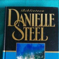 Libros de segunda mano: UNA IMAGEN EN EL ESPEJO (DANIELLE STEEL). Lote 57677204
