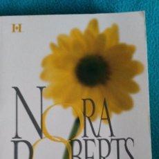 Libros de segunda mano: UNA VIDA JUNTOS (NORA ROBERTS). Lote 57702504