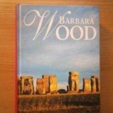Libros de segunda mano: LA PROFETISA (BARBARA WOOD) TAPA DURA - RBA - IMPECABLE. Lote 57958301