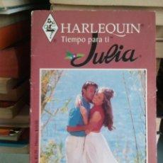 Libros de segunda mano: UN HOMBRE ENTRE DOS MUJERES - ANNE MATHER - COL. HARLEQUIN JULIA Nº 1-62. Lote 61091847