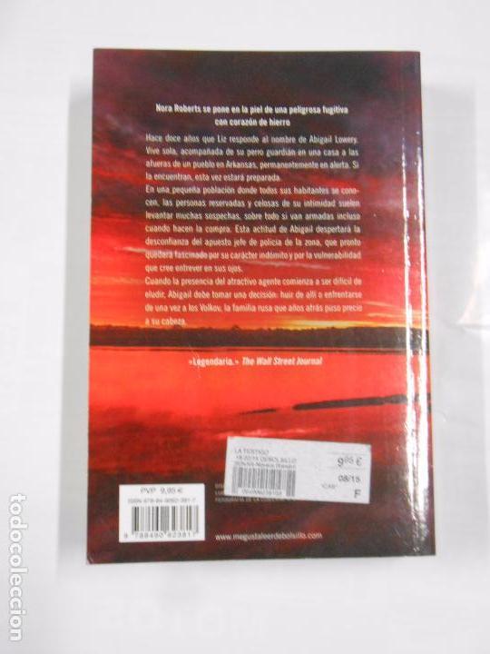 Libros de segunda mano: LA TESTIGO. NORA ROBERTS. TDK139 - Foto 2 - 68290909