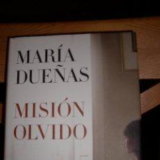 """Libros de segunda mano: MISION OLVIDO, MARIA DUEÑAS (AUTORA DE """"EL TIEMPO ENTRE COSTURAS""""). Lote 71025009"""