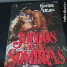 Libros de segunda mano: JUEGOS EN LAS SOMBRAS - KATHERINE SUTCLIFFE - VERGARA - 1992. Lote 78435913