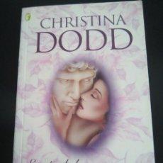 Libros de segunda mano: ESCÁNDALO NOCTURNO - CHRISTINA DODD - AÑO 2004 - BOLSILLO -. Lote 81687808