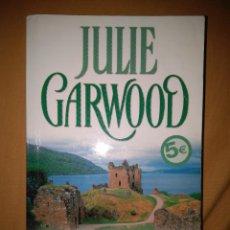 Libros de segunda mano: JULIE GARDWOOD EL PREMIO NARRATIVA ROMANTICA NOVELA. Lote 81697312