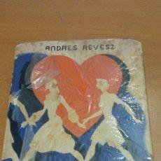 Libros de segunda mano: MINI LIBRO ANDRÉS REVESZ. LA MUJER IDEAL. Lote 110705167
