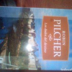 Libros de segunda mano: LOS DADOS DEL DESTINO (ROBIN PILCHER) *** DEBOLSILLO (2006). Lote 124406847
